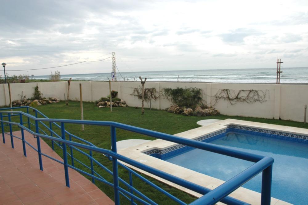 1 dormt semi nuevo - primerisima linea playa - El Morche
